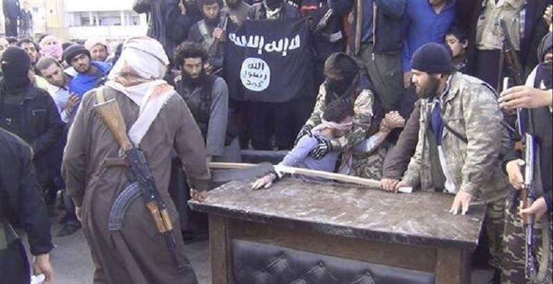 twitter siria amputazione mano 2 Farhad Bitani a Cavalese con Lultimo lenzuolo bianco